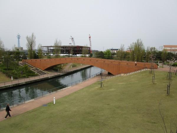 環水公園内の野外劇場から見た景色4