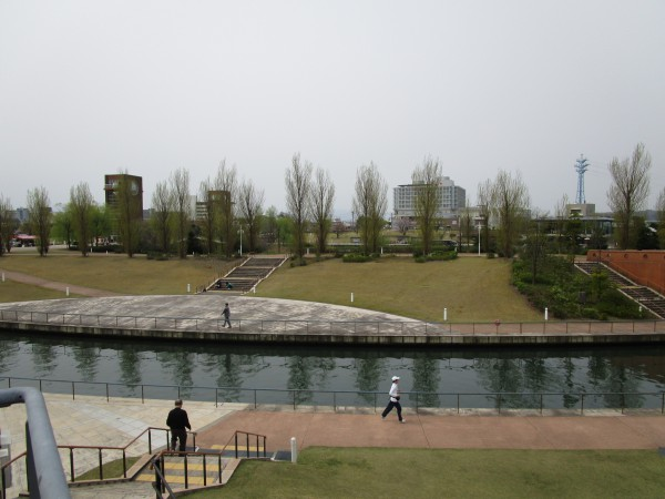 環水公園内の野外劇場から見た景色3