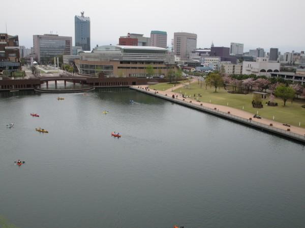 天門橋から見た環水公園の景色5