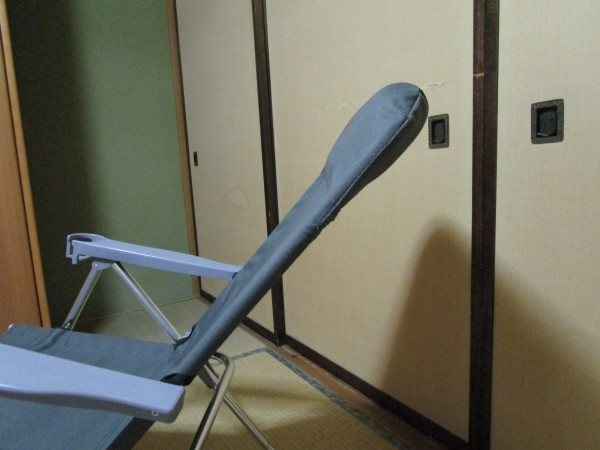 アウトドア折りたたみ椅子のヘッドレスト