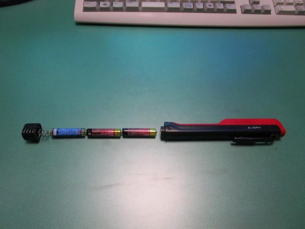 ペン型LEDライトの使用電池