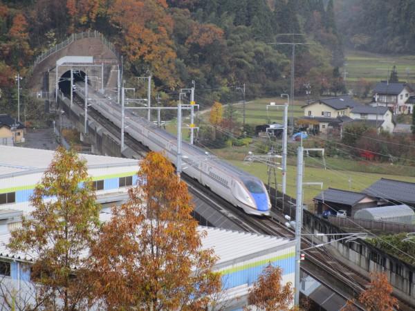 「新幹線の見える丘公園」から見える新幹線