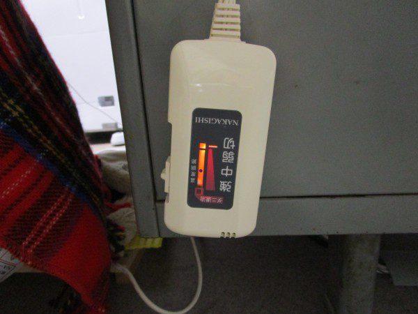 電気ひざ掛けのコントローラーの画像